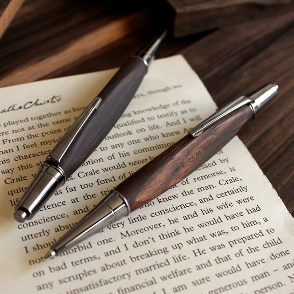 【プレミアムモデル】高級木材を使用した三角型のシャーペン「TRIANGLE BODY MECHANICAL PENCIL 0.5mm(黒檀)」