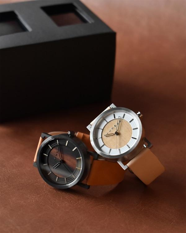 ステンレス削り出しケースに銘木を使用した木製ペアウォッチ・腕時計ペアセット