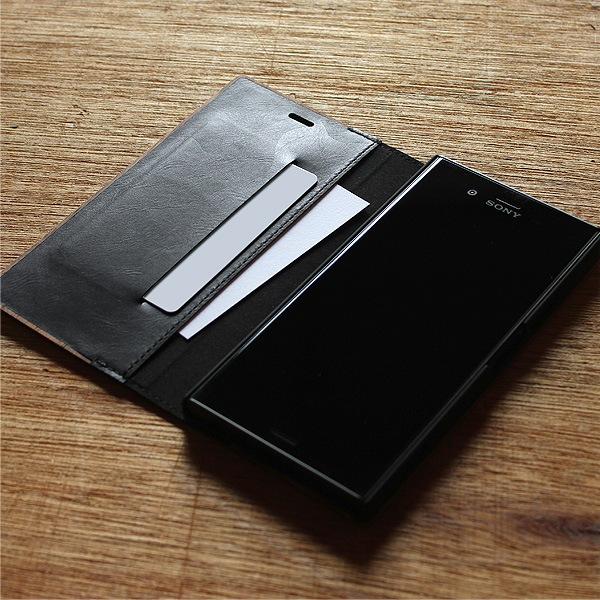 カードが入れられる収納ポケットをご用意
