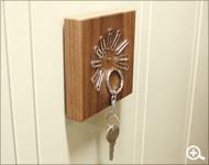 使うだけでアートになる木製のクリップキャッチ「Clip Catch」