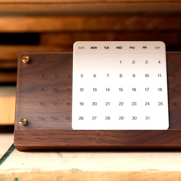 「末永く」の想いを込めた卓上万年カレンダー