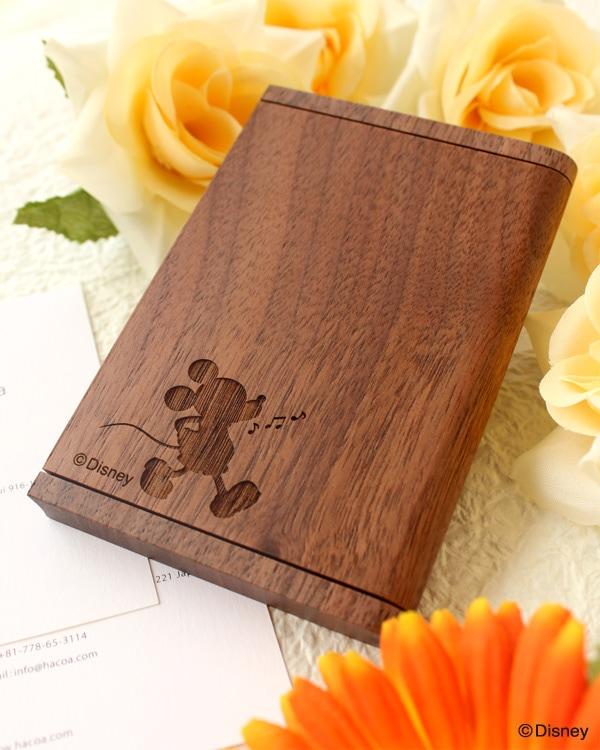 名刺入れ・カードケース・ディズニーキャラクターが施された木製名刺ケース