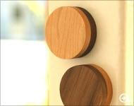 北欧風デザイン、2つの顔を楽しむ木製の磁石・マグネット