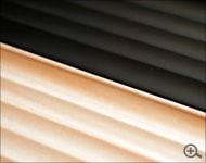 ペンを美しく整理する木製ペントレイ・ペントレー