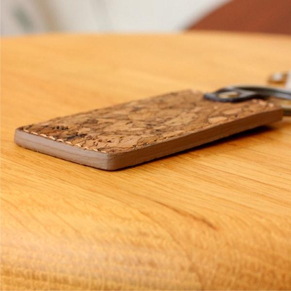 レディース向けのファッションにも適したキーホルダー