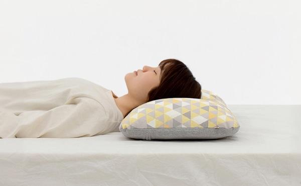 ルルムポイント3,理想的な寝姿勢で眠れる枕