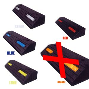 本体はブラック色、反射板カラーは5色を標準製品としてます。