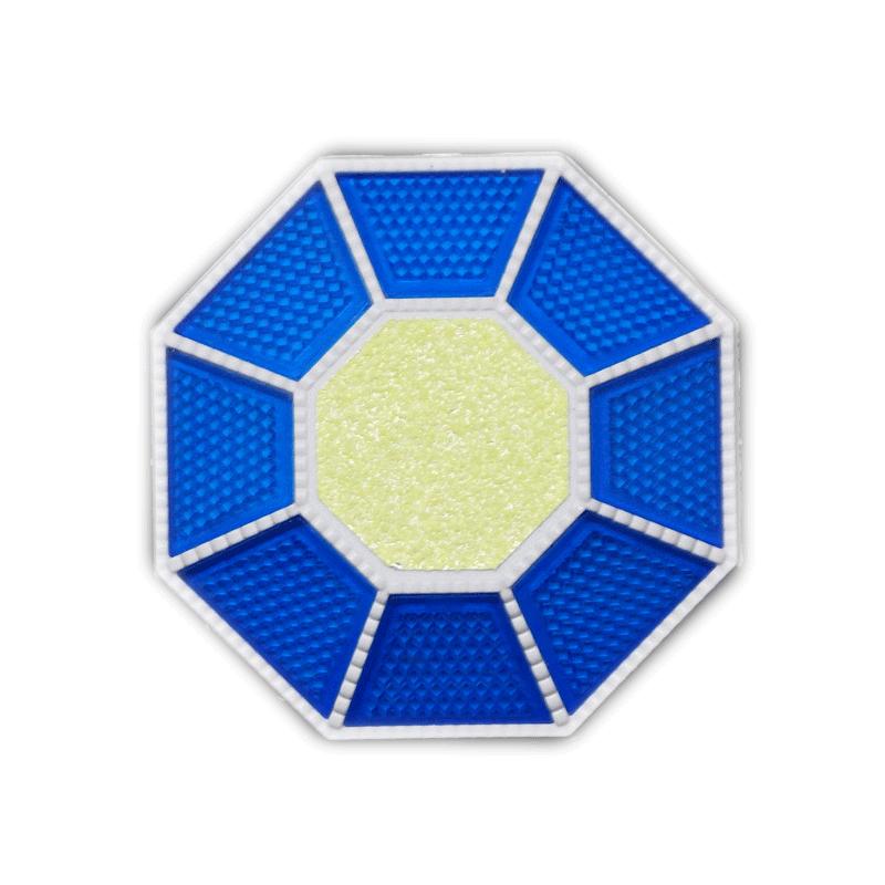 全周反射型道路縁石鋲 ライトニングHCB-888 本体白/反射板青