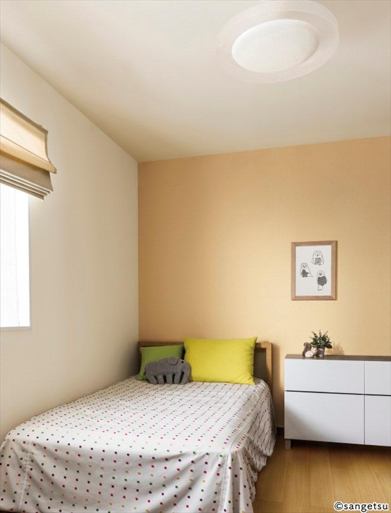 サンゲツSPクロス天壁まるごと織物調を貼った仕上がりがきれいな部屋