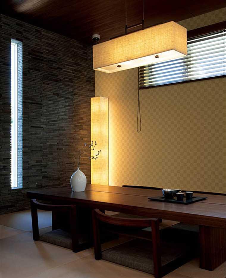 リリカラの壁紙、鬼滅の刃イメージ壁紙を施工した部屋