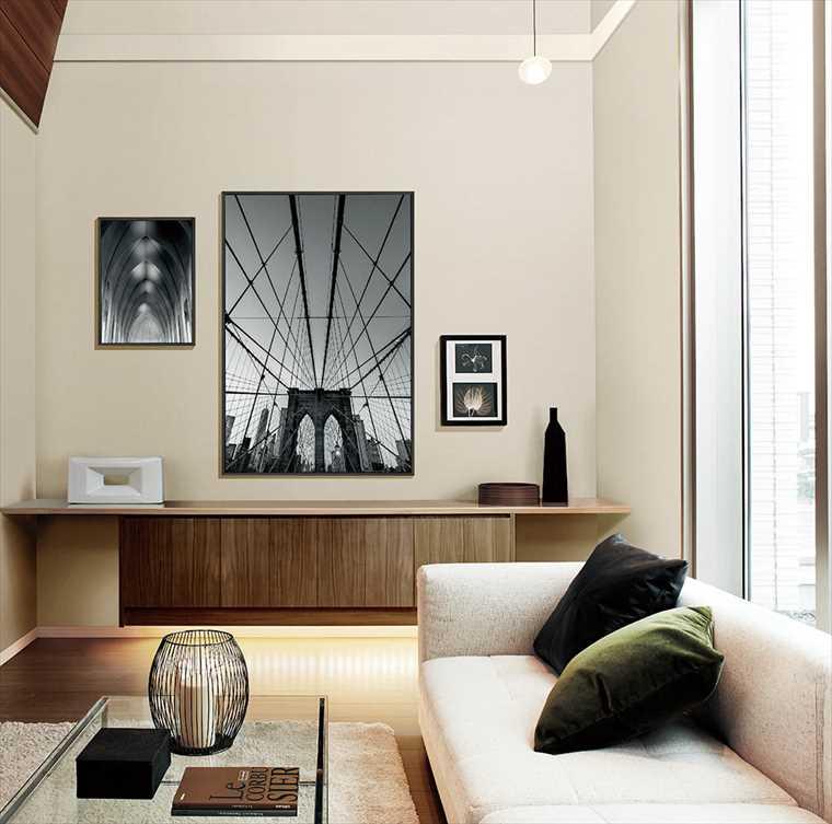 シンコール、エスエルプラスの壁紙織物調 を貼った部屋