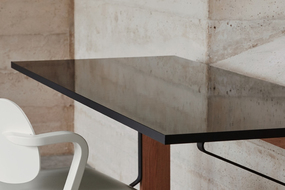 KAARI TABLE RECTANGLE/Artek(カアリ テーブル レクタングル/アルテック)