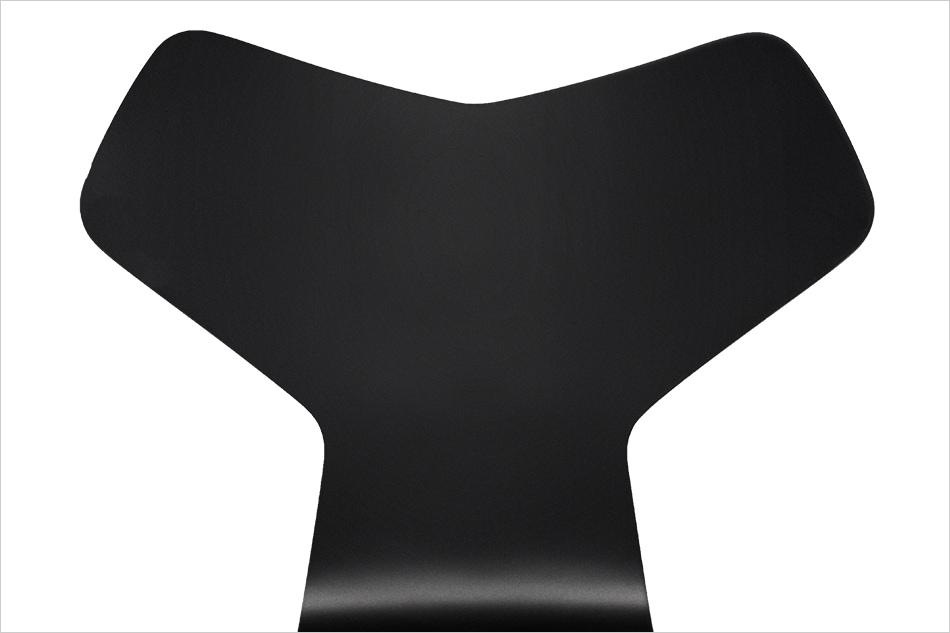 GRAND PRIX CHAIR Lacquer / FRITZ HANSEN(グランプリチェア ラッカー / フリッツ・ハンセン)