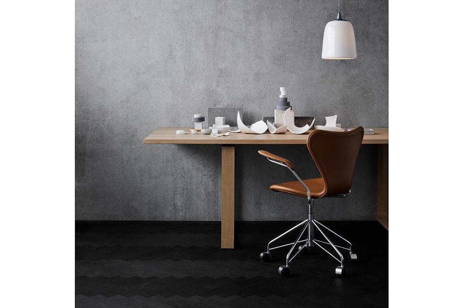 Seven Chair Full Upholstered 3217 / FRITZ HANSEN(セブンチェア フルパディング レザー 3217 / フリッツ・ハンセン)