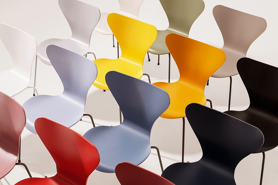 Arne Jacobsen 16 New Colors