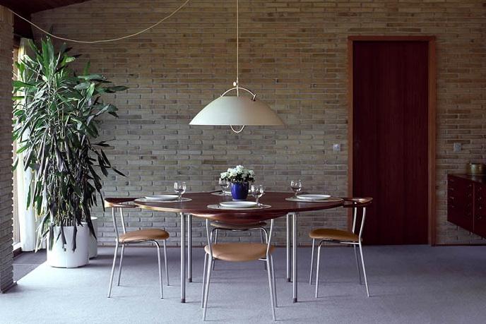 """ウェグナー夫妻が愛した椅子、<br>貴重な""""チーク材""""を限定生産"""
