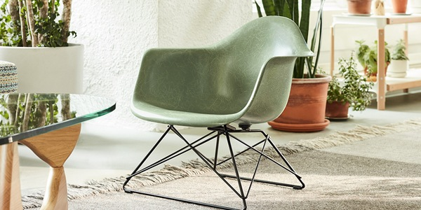 Eames Fiberglass Armchair Low Wirebase(Herman Miller)