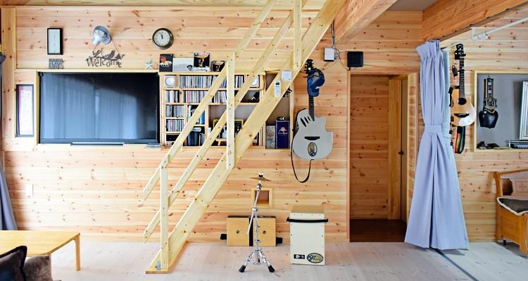 北欧産ワイドステップ木製ロフト階段のデッドスペース活用術