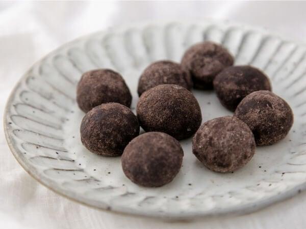 フランス産高級ココアとメープルシロップで醸しだす芳醇風味。
