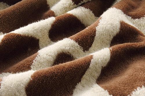 キリン柄のパイル糸