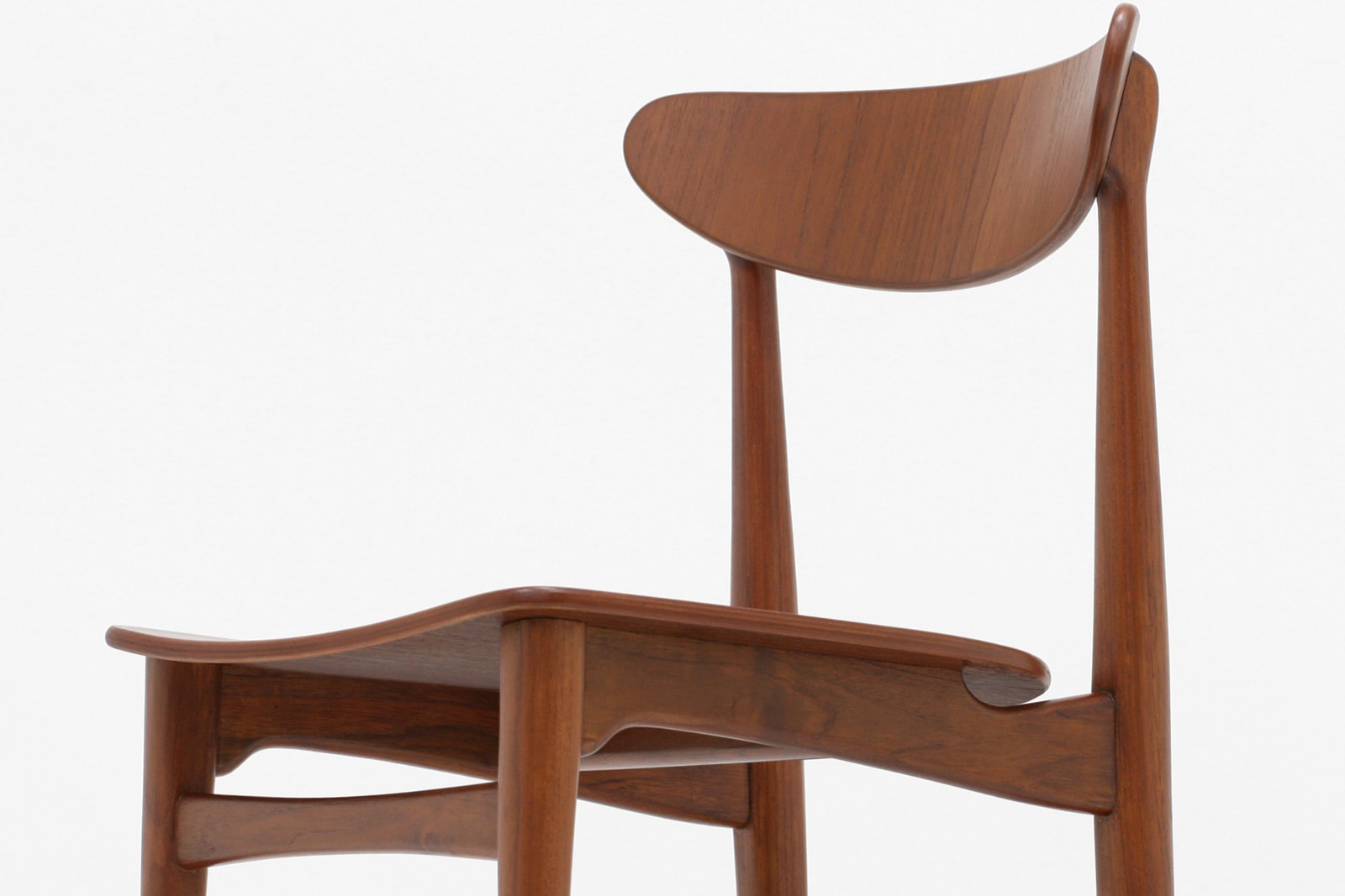 北欧,デザイン,家具,クロッケン,チーク材,ダイニングチェア,プライウッド