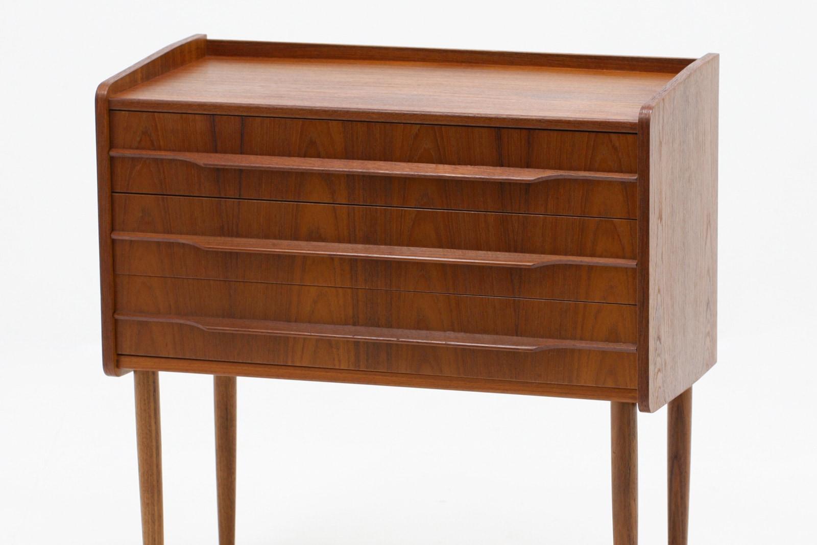 ヴィンテージ,北欧家具,小さい,3段,チェスト,チーク材