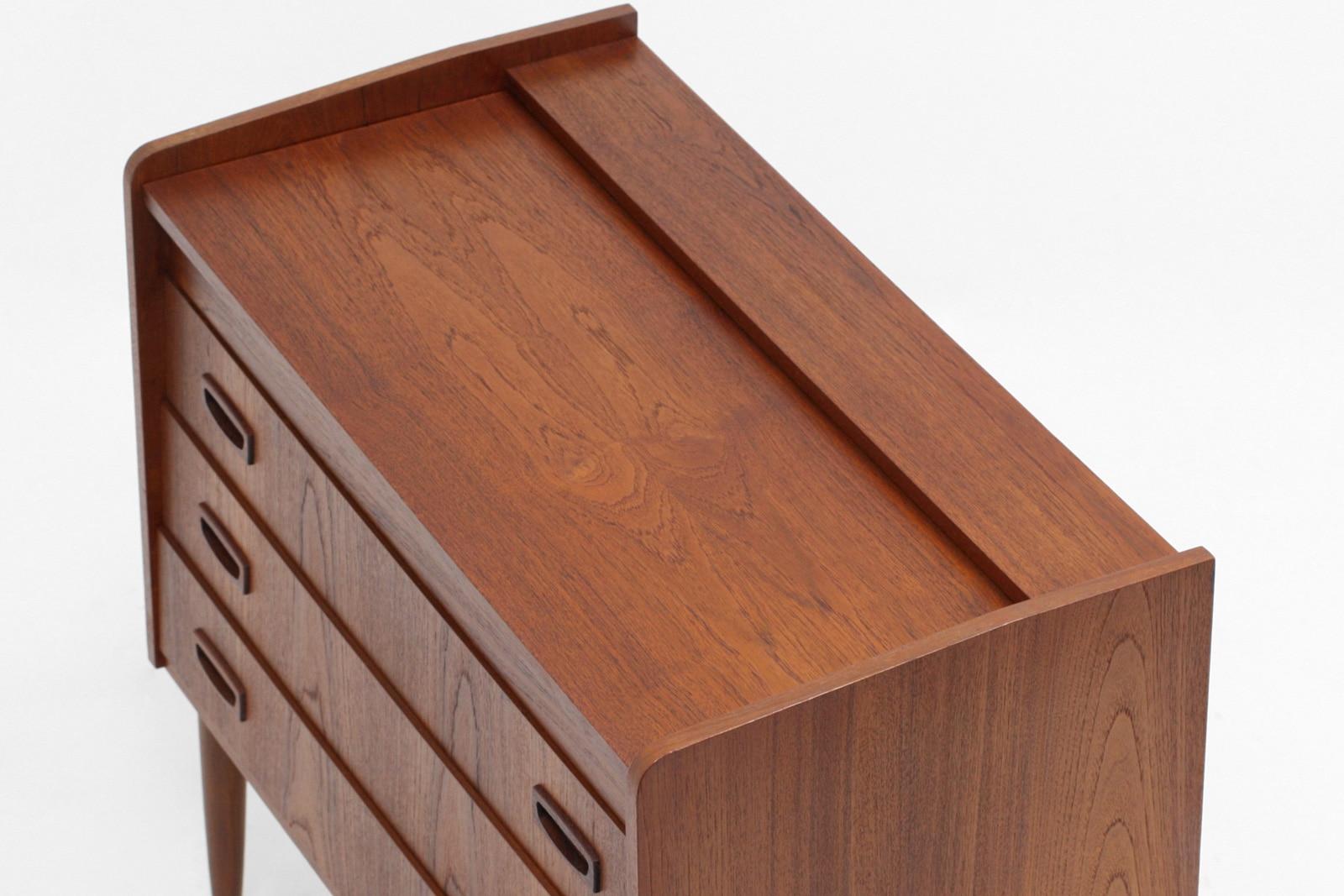 北欧,ヴィンテージ家具,チェスト,天板低め,大型ミラー付き
