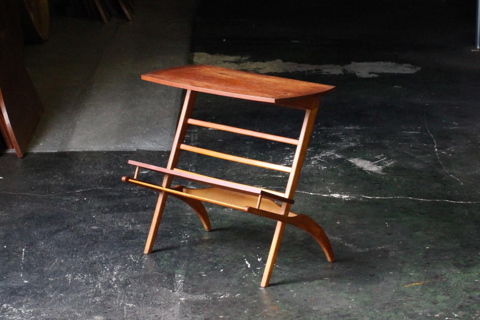 北欧,ミッドセンチュリー,家具,サイドテーブル,マガジンラック付き