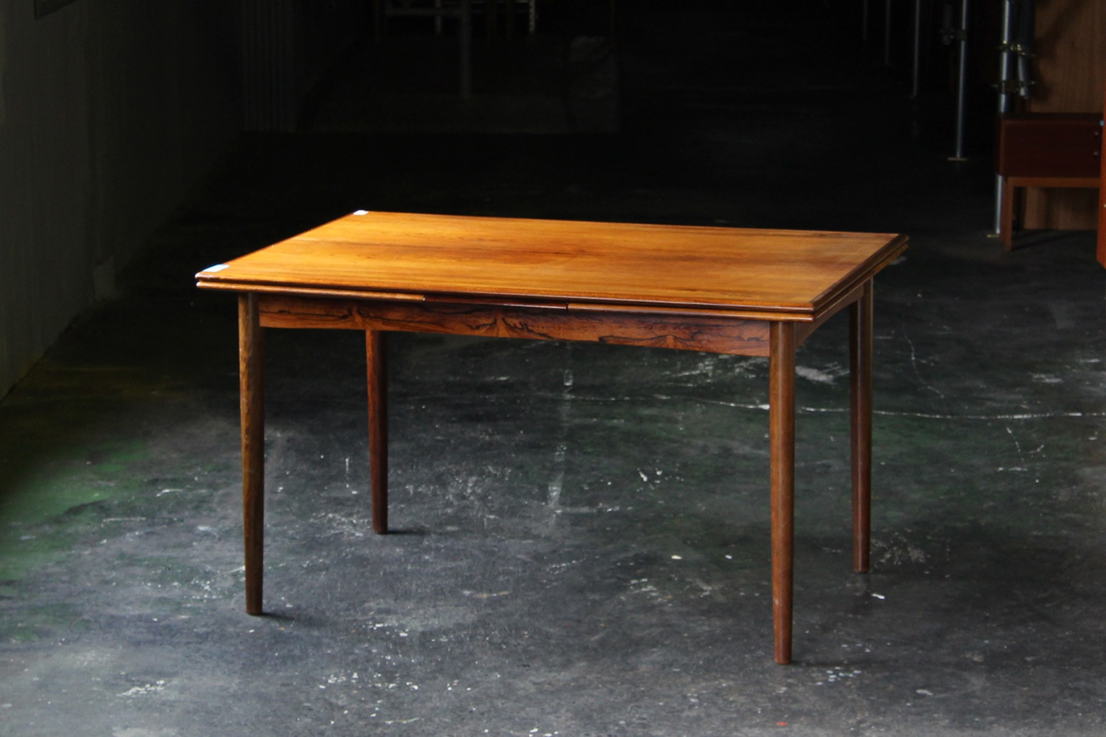 北欧,デンマーク,家具,ダイニングテーブル,ローズウッド材,130cm