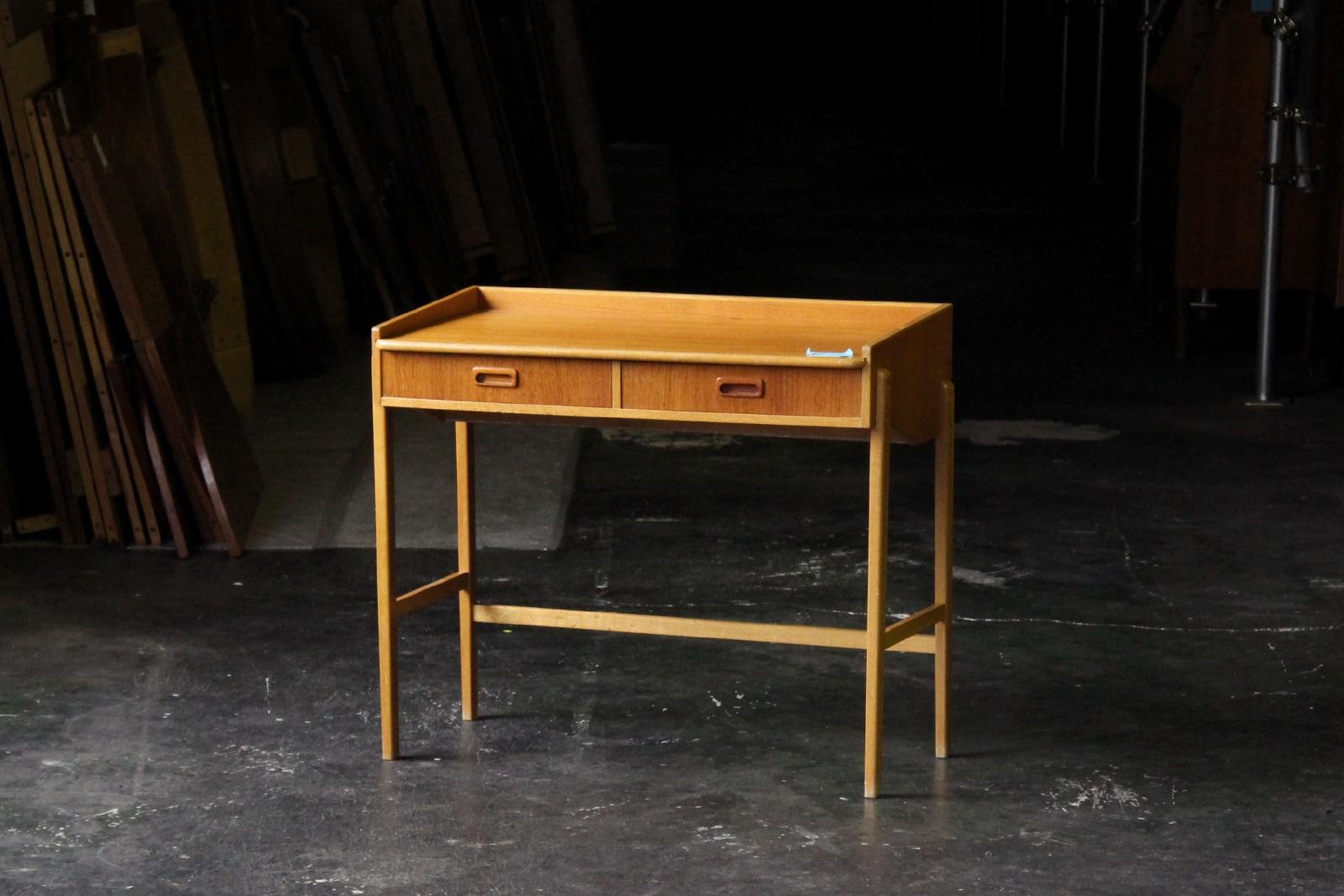 北欧,ミッドセンチュリー,家具,小さい,ライティング,デスク