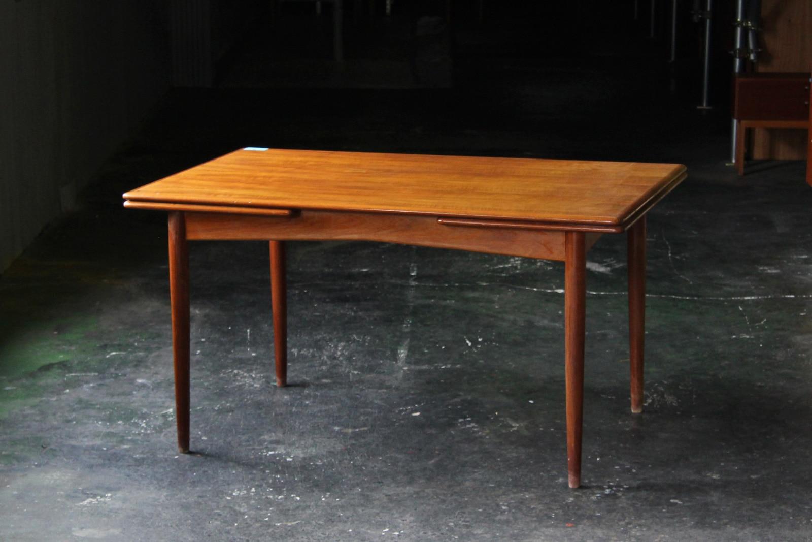 北欧,デンマーク,家具,ダイニングテーブル,長方形,伸張式,140cm