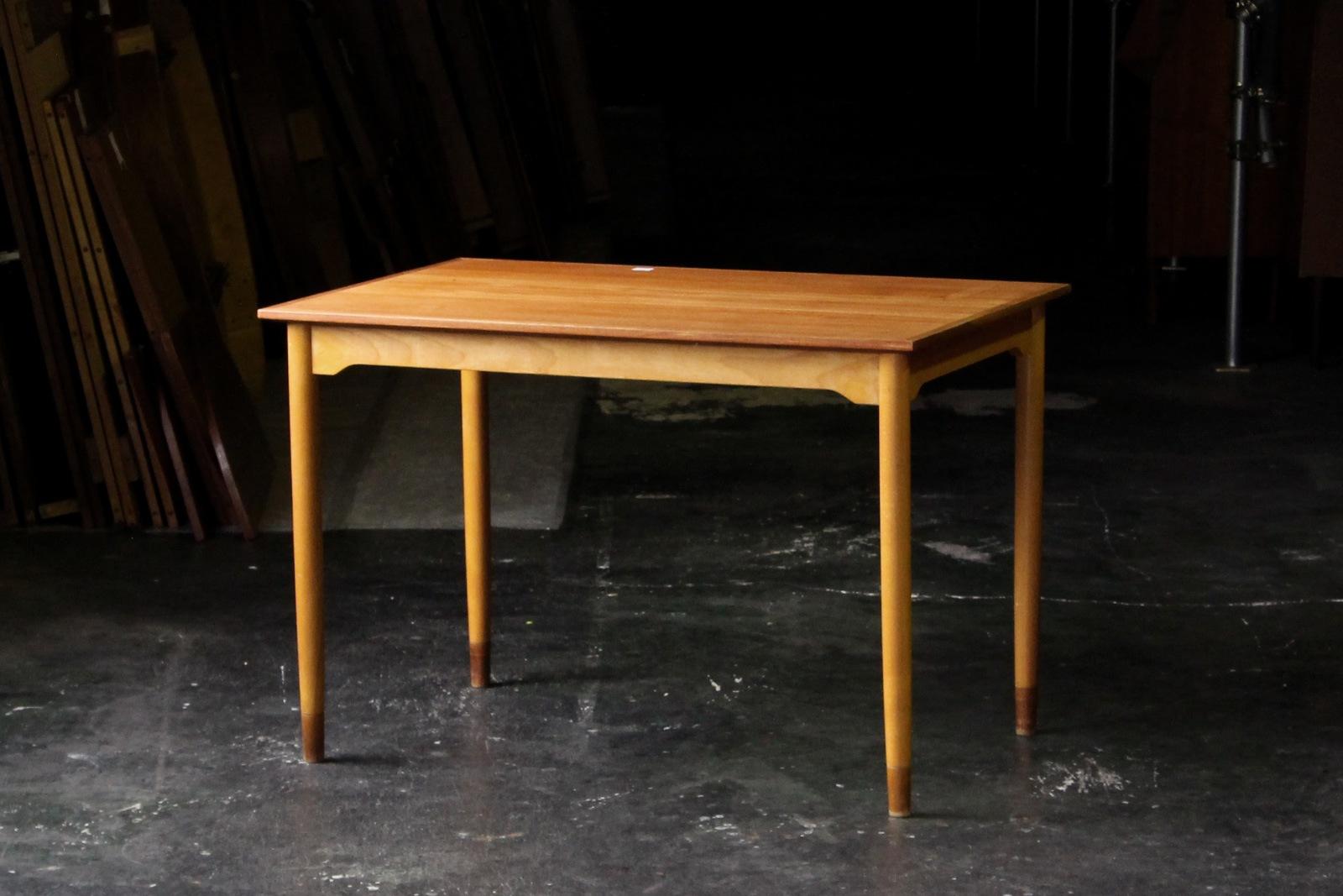 北欧,デンマーク,家具,ボーエモーエンセン,テーブル,デスク