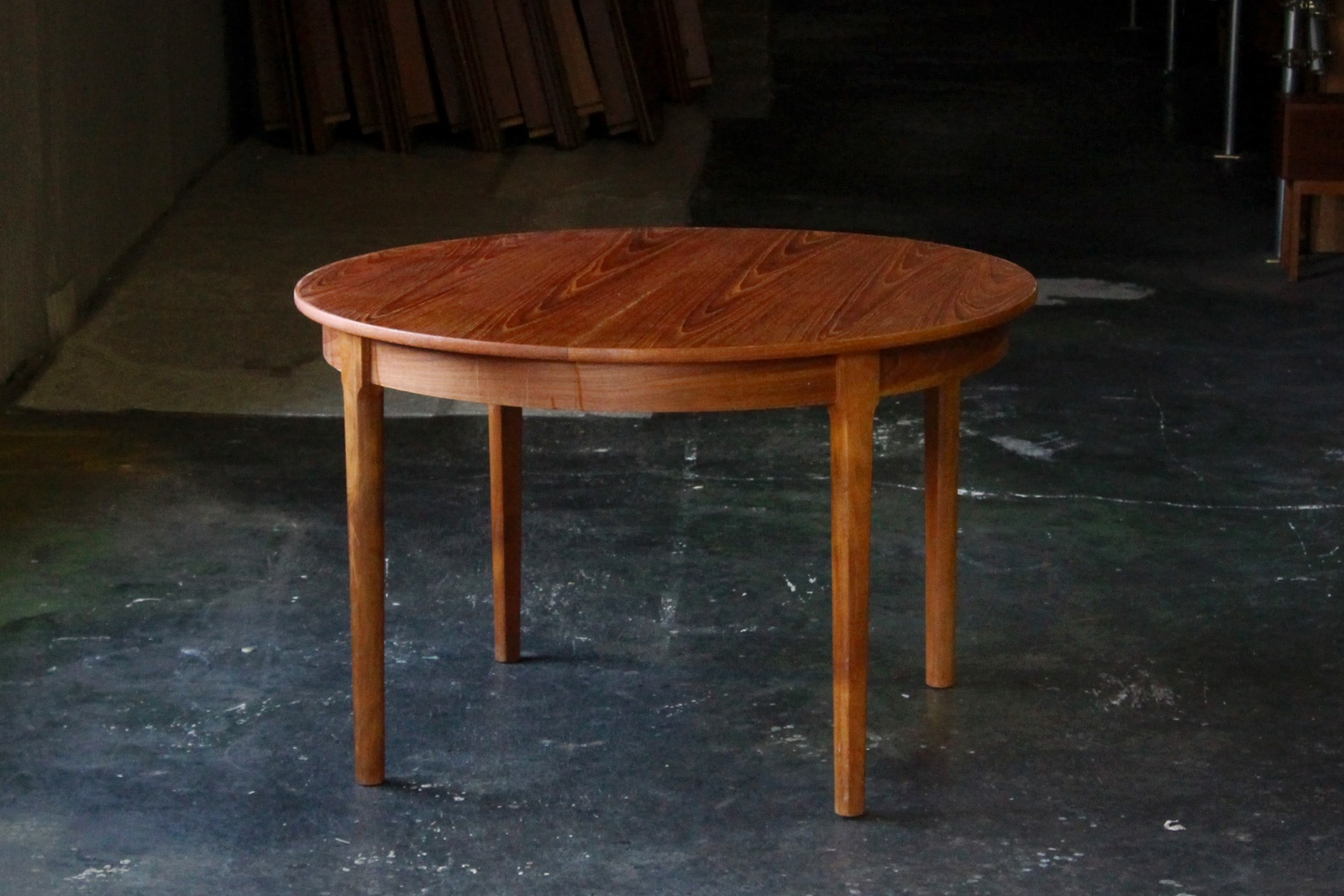 北欧,ミッドセンチュリー,家具,ダイニングテーブル,丸型,伸張式