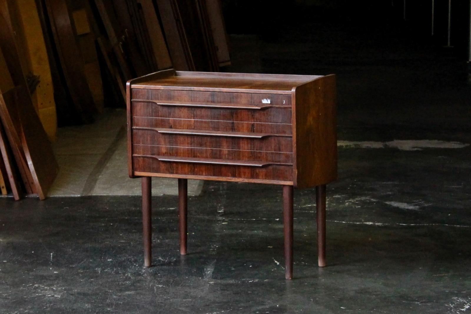 北欧,ミッドセンチュリー,家具,3段,チェスト,小さい,ローズウッド材