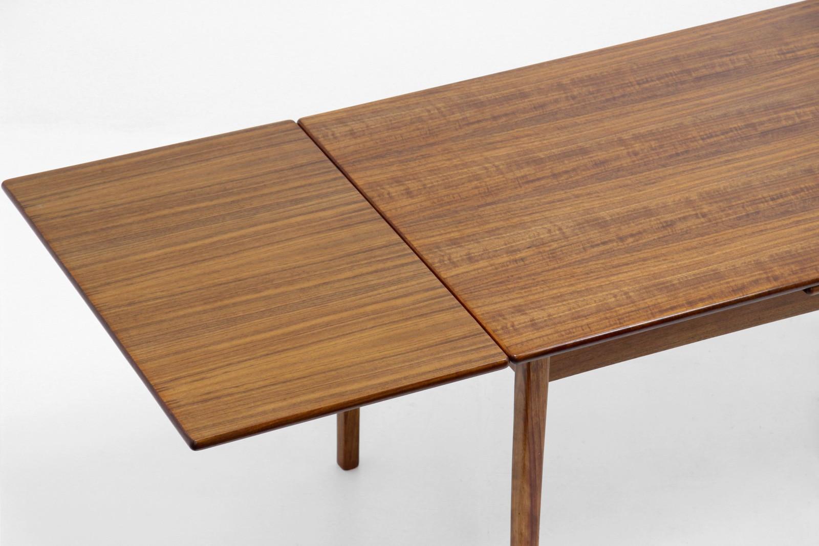 ヴィンテージ,北欧,ダイニングテーブル,角脚,幅128cm
