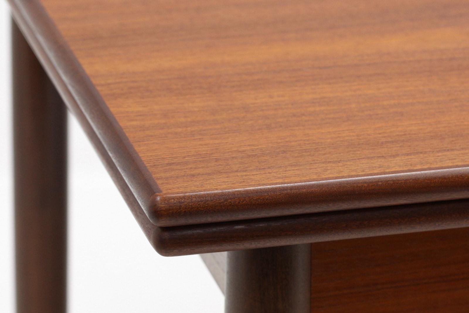 北欧,ダイニングテーブル,伸張式,チーク材