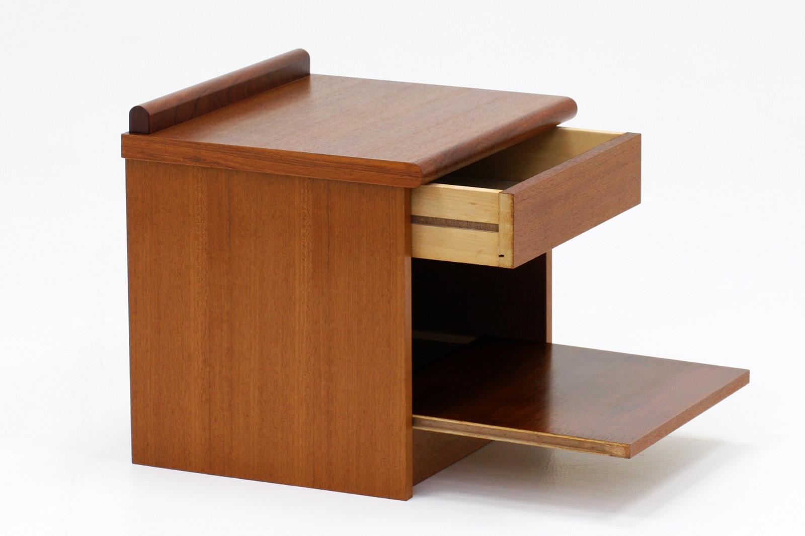 ジャパン,ヴィンテージ家具,ナイトテーブル,チーク材