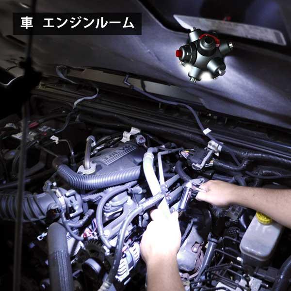車 エンジンルームLED
