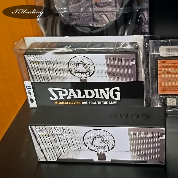 SPALDING Bluetoothスピーカー展示