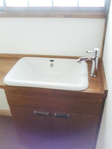 造作の洗面台の画像