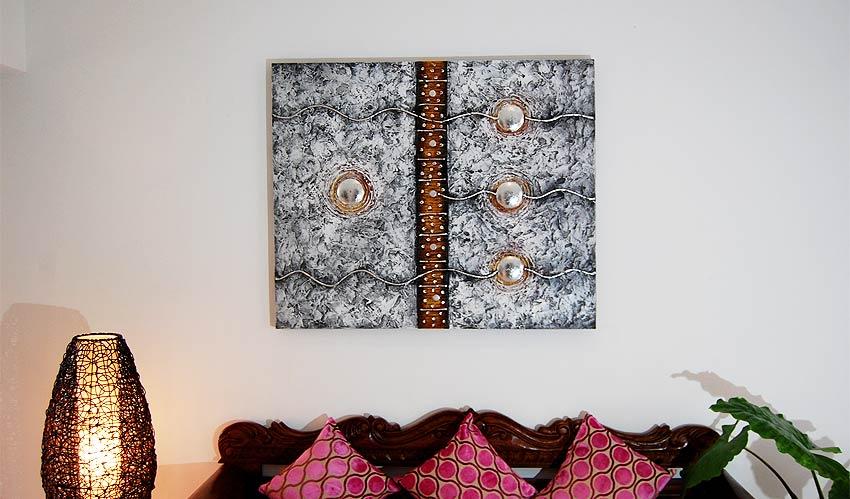 バリアート、絵画。モダンな銀色の抽象画