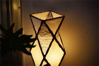 アジアン照明。自然素材のスタインドライト