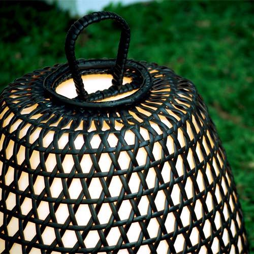 鳥かごの庭園灯。屋内外兼用ガーデンライトガビア