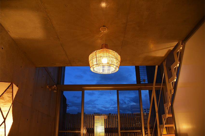 ラタンのナチュラルアジアン照明、和風照明