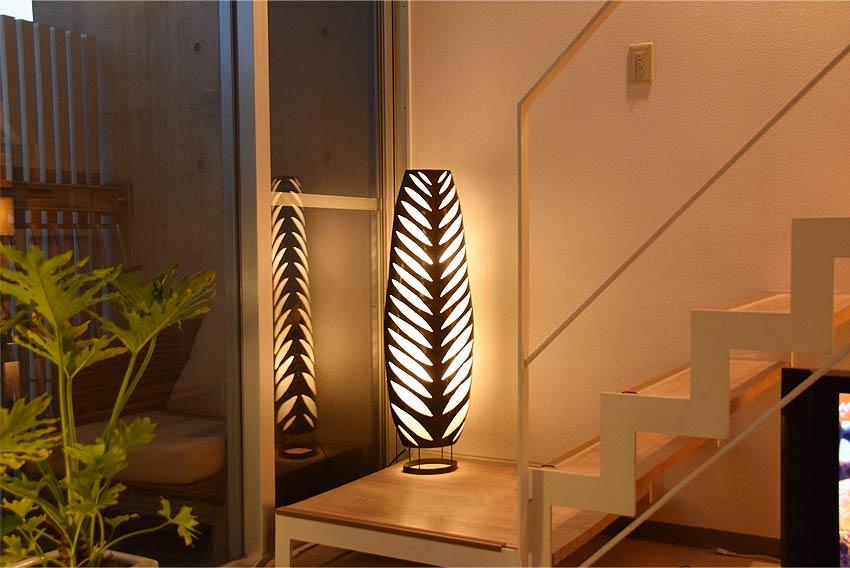 アジアン照明。モダンな南国リゾート風アイアンランプ