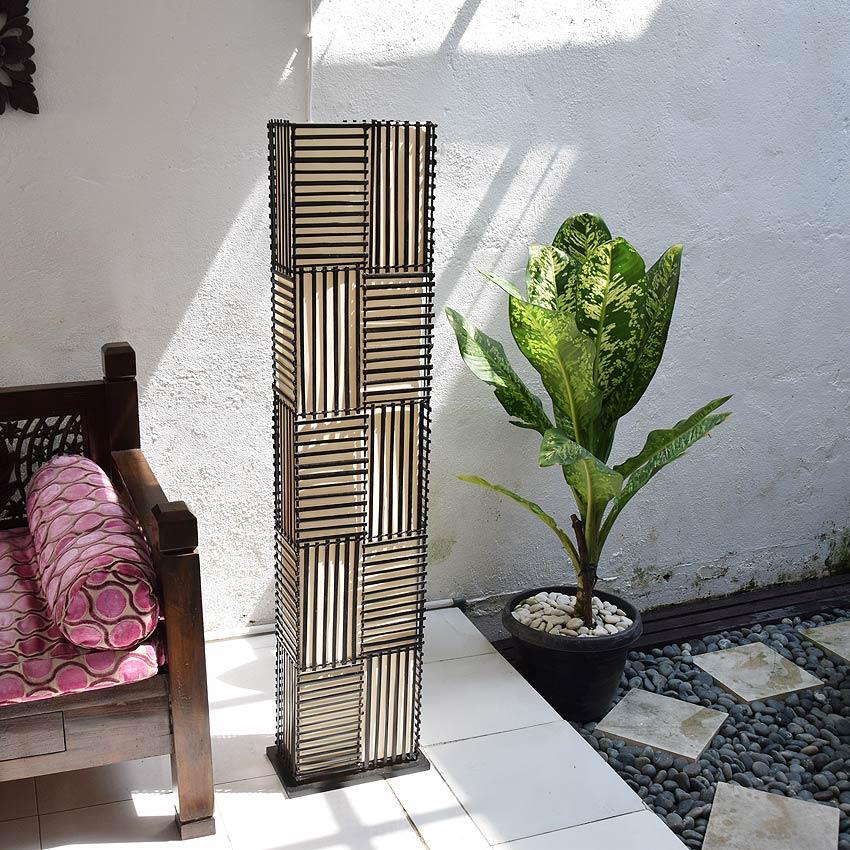 竹を使ったアジアン照明。和室やリビングを和モダンなお部屋に