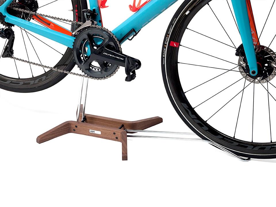 バイクを乗せるだけの簡単設置