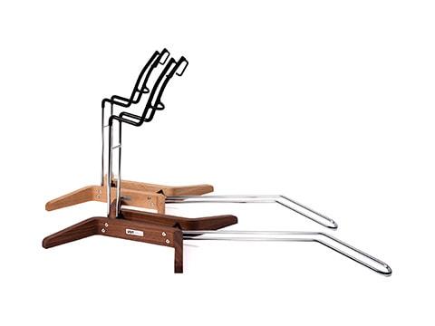 老舗家具メーカー「カリモク家具」との共同開発