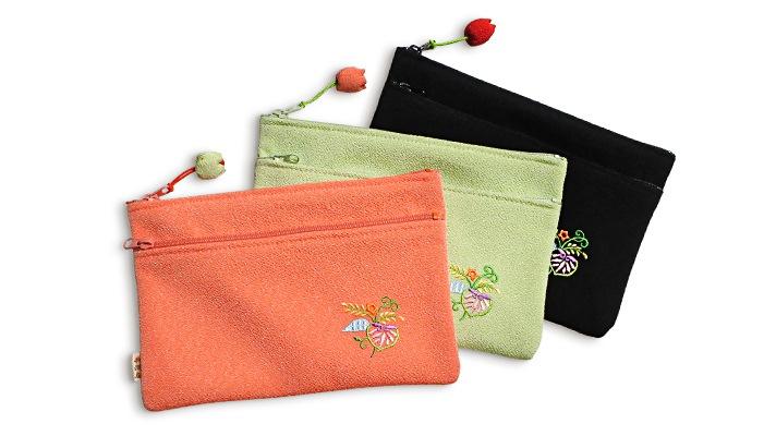 ちりめん刺繍二段ファスナーポーチ「結い葵」 井澤屋