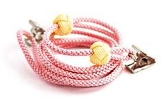 ナフキンクリップ  B. ピンク + 淡黄の玉
